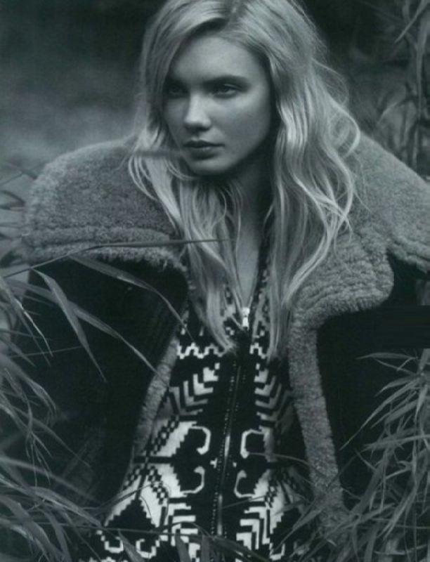 Astonishing model Dasha Zhemkova