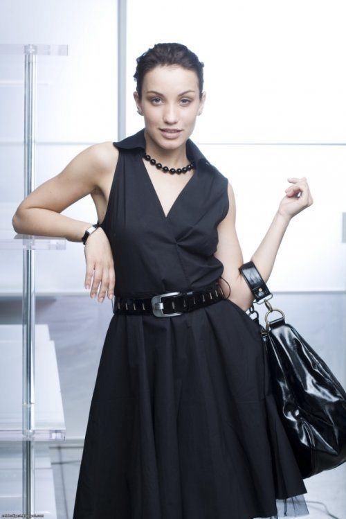 Attractive Dayneko Victoria