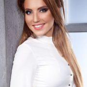 Charming Alina Artts
