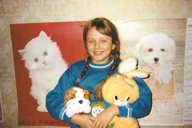 Cute Yulia Nachalova in her childhood