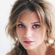 Cute actress Christina Asmus