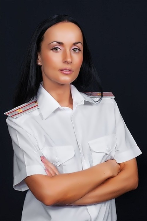 Irina Volk police woman
