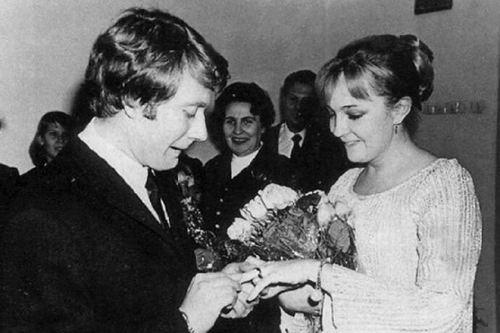 Known Andrey Mironov and Ekaterina Gradova