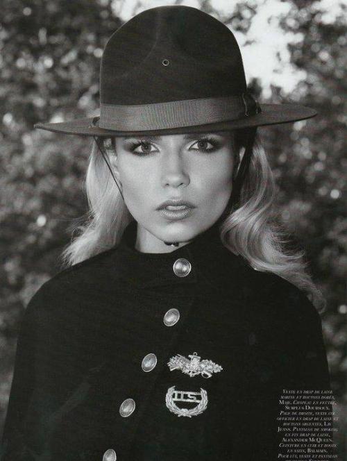 Natasha Poly famous model