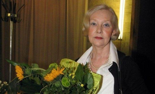 Pretty actress Lyudmila Savelyeva