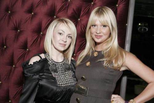 Yana Rudkovskaya and Victoria Lopyreva