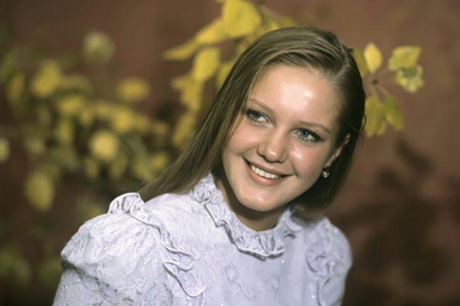 Young Elena Proklova