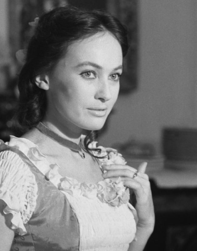 Larissa Guzeyeva, actress