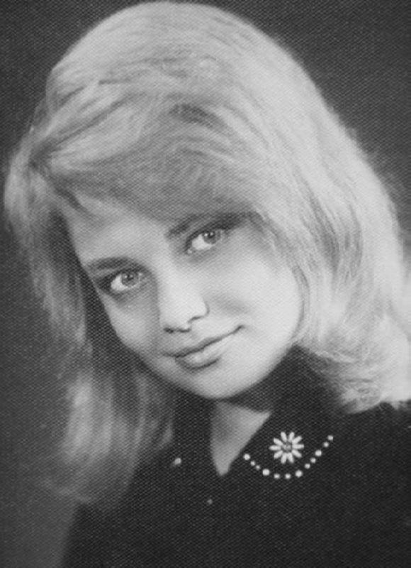 Bright actress Nataliya Kustinskaya