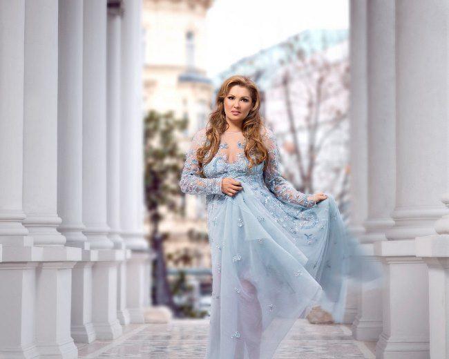 Charming opera singer Netrebko Anna