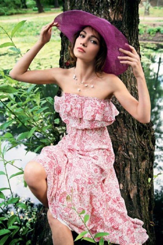Fashionable actress Evgenia Khirivskaya Brik