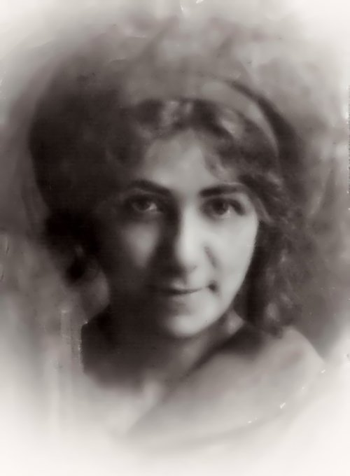 Galina Benislavskaya, tragic love to Yesenin