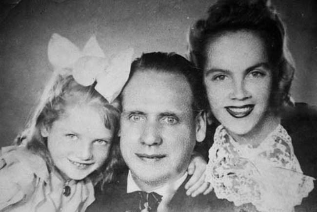 Little Natalia Kustinskaya with her parents