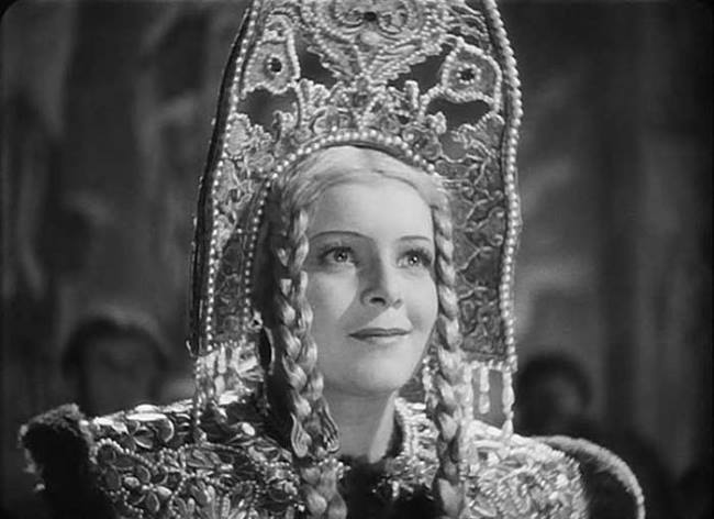 Ludmila Celikovskaya in the film Ivan Grozniy
