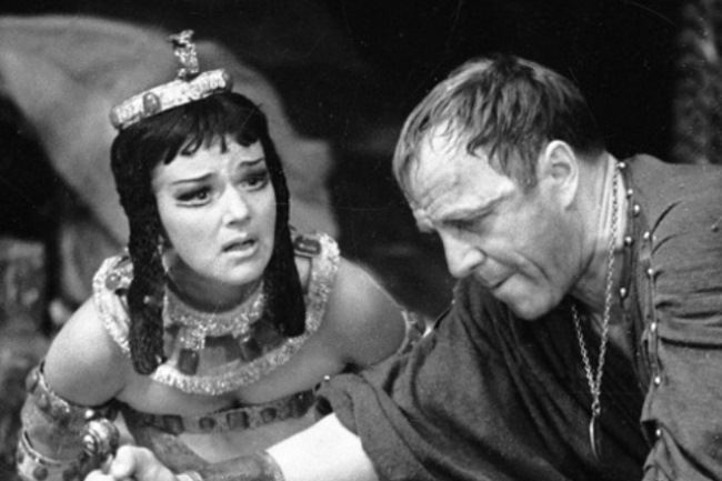 Magnificent actress Yulia Borisova in the play Antony and Cleopatra