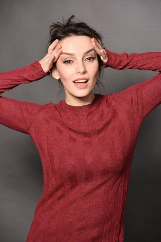 Pretty actress Yulia Zimina