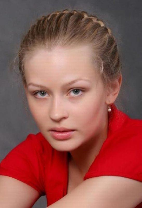 Stunning actress Yulia Peresild