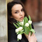 Stunning actress Yulia Zimina