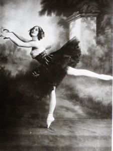 Astonishing Anna Pavlova