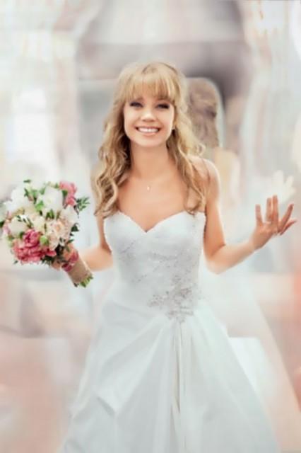 Beautiful Russian actress and TV presenter Alla Mikheeva