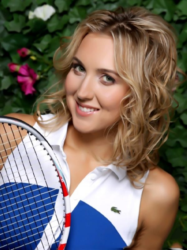 Awesome tennis player Vesnina Elena
