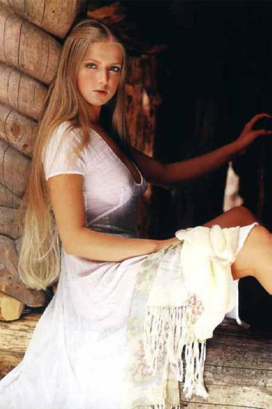 Yulia Ahonkova, singer and model