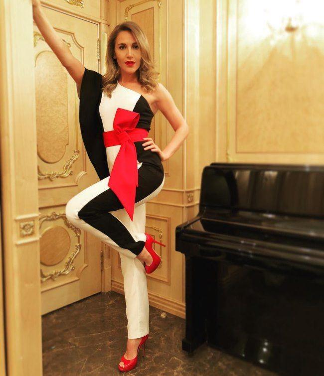 Yulia Kovalchuk, singer and TV presenter