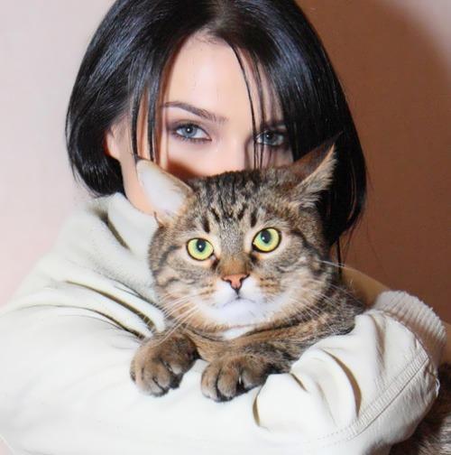 Elena Temnikova singer