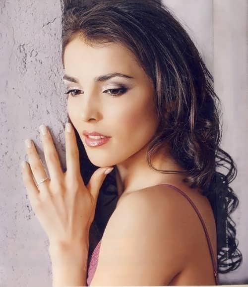 Kazanova Sati singer