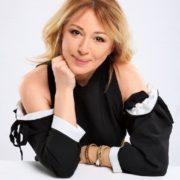 Alena Apina – Russian singer