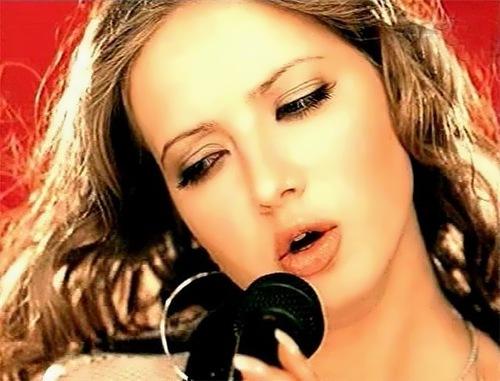 Yulia Ahonkova singer and model