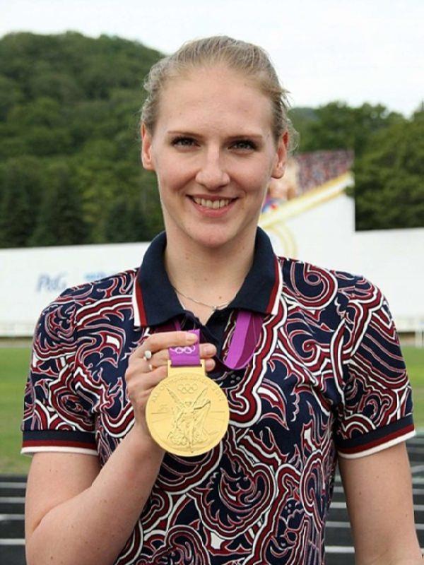 Natalia Ishchenko, Svetlana Romashina – Gold Medalists 2012