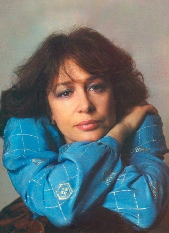 Marina Neyolova, Soviet and Russian actress