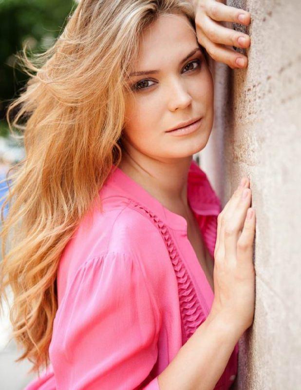 Katya Zharkova, beautiful Plus-size model