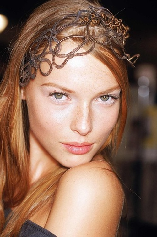 Magnificent model Polina Kouklina