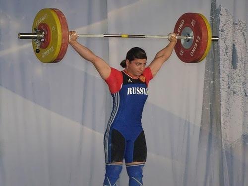 Tsarukayeva Svetlana weightlifter