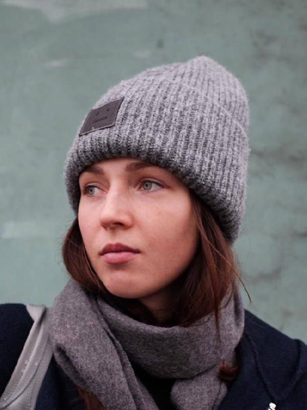 Alena Zavarzina, snowboarder from Russia