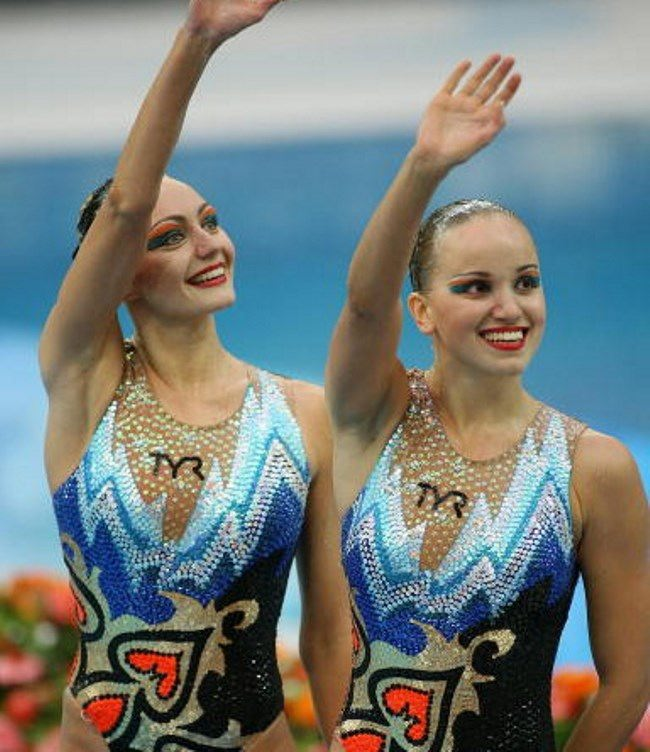 Wonderful swimmers Anastasia Davydova and Anastasia Ermakova