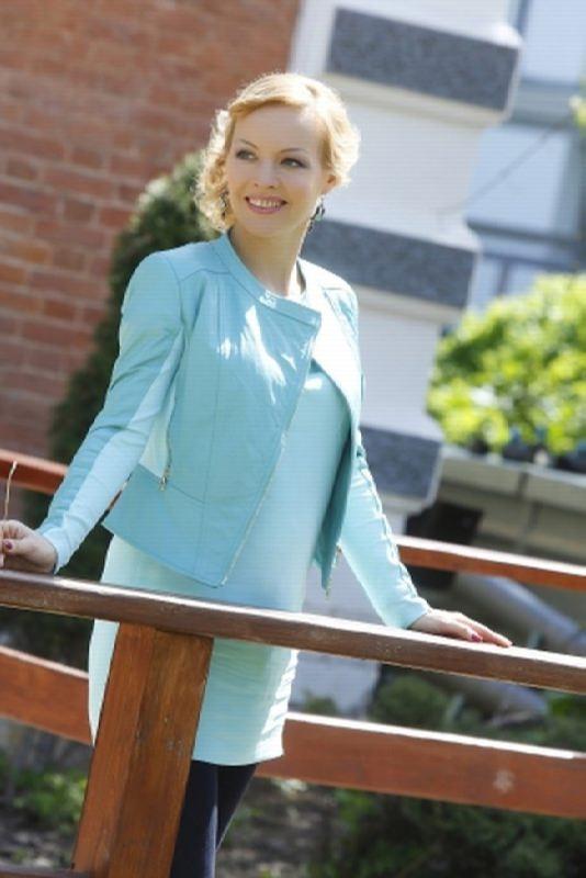 Irina Sashina, news presenter