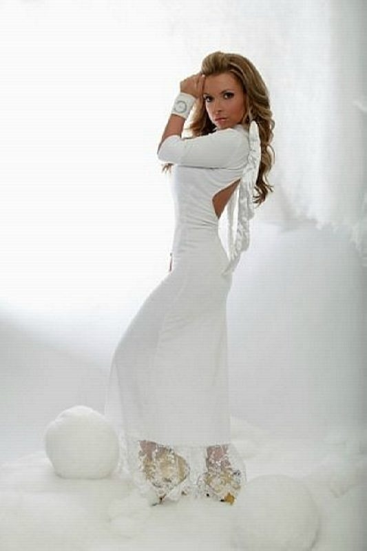 Lera Tumanova – singer Elektra