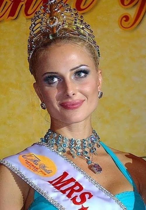 Radochinskaya Victoria Miss World