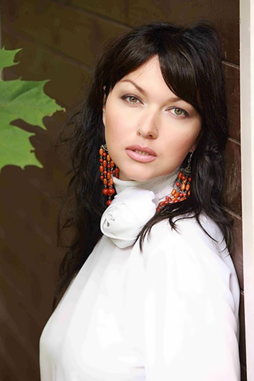 Takshina Yulia actress