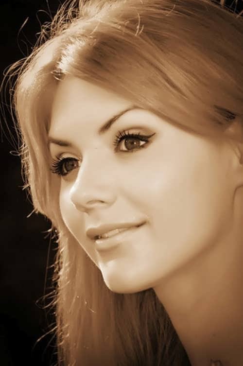 Yaroslavskaya Lesya singer