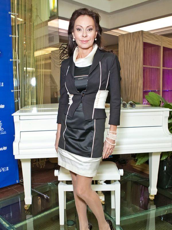Marina Khlebnikova, pop singer