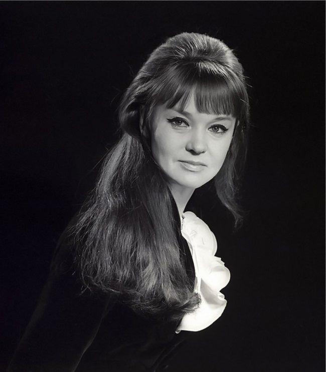 Lyudmila Gurchenko, popular Soviet – Russian singer