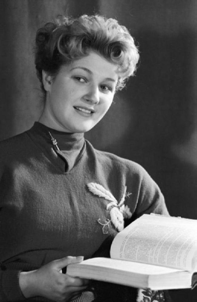 Svetlana Druzhinina, Soviet – Russian actress