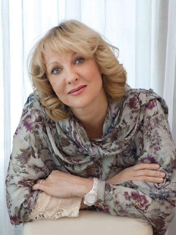 Elena Yakovleva – actress, who played the role of Vanga