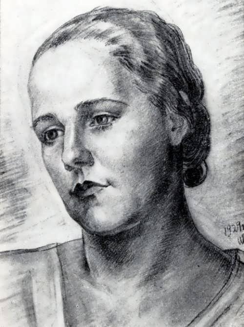 Nina Varzar