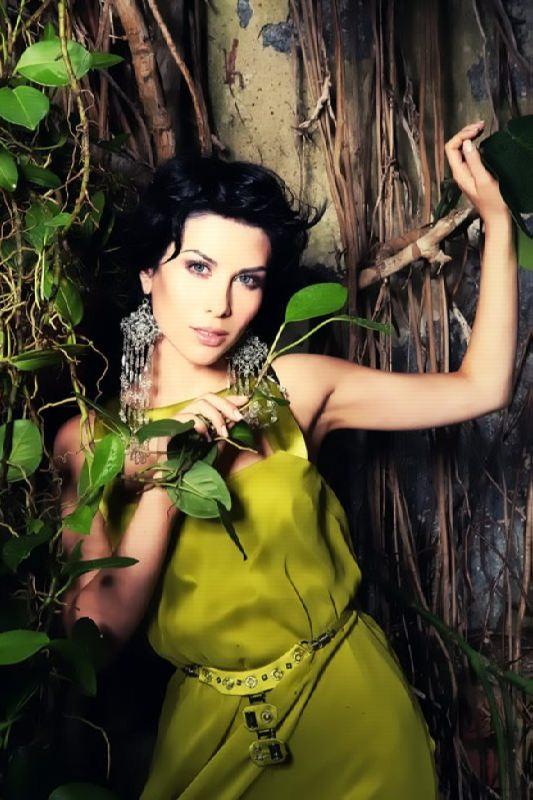 Yulia Beretta – Russian singer, actress