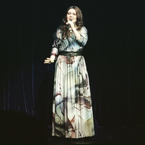 Garipova Dina singer